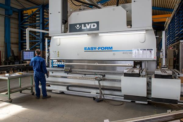LVD Easy Form 9 400/40 - Services